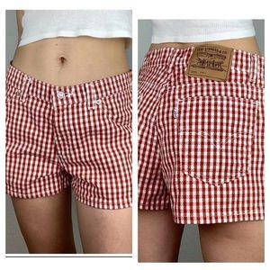 Vintage Levi's 912 high waist red & white shorts